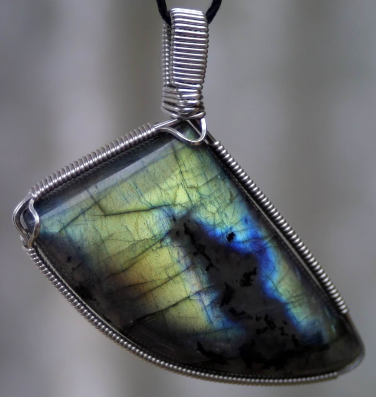 Golden Labradorite Pendant In 925 Sterling Silver Wire